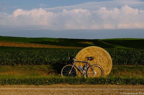 I like bikes and hay bails